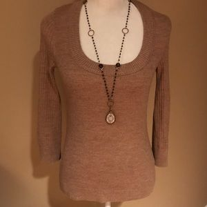 Like new. Condition Tory Burch sweater .